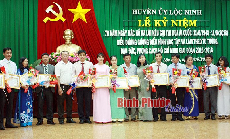Lộc Ninh chuyển biến từ học và làm theo Bác