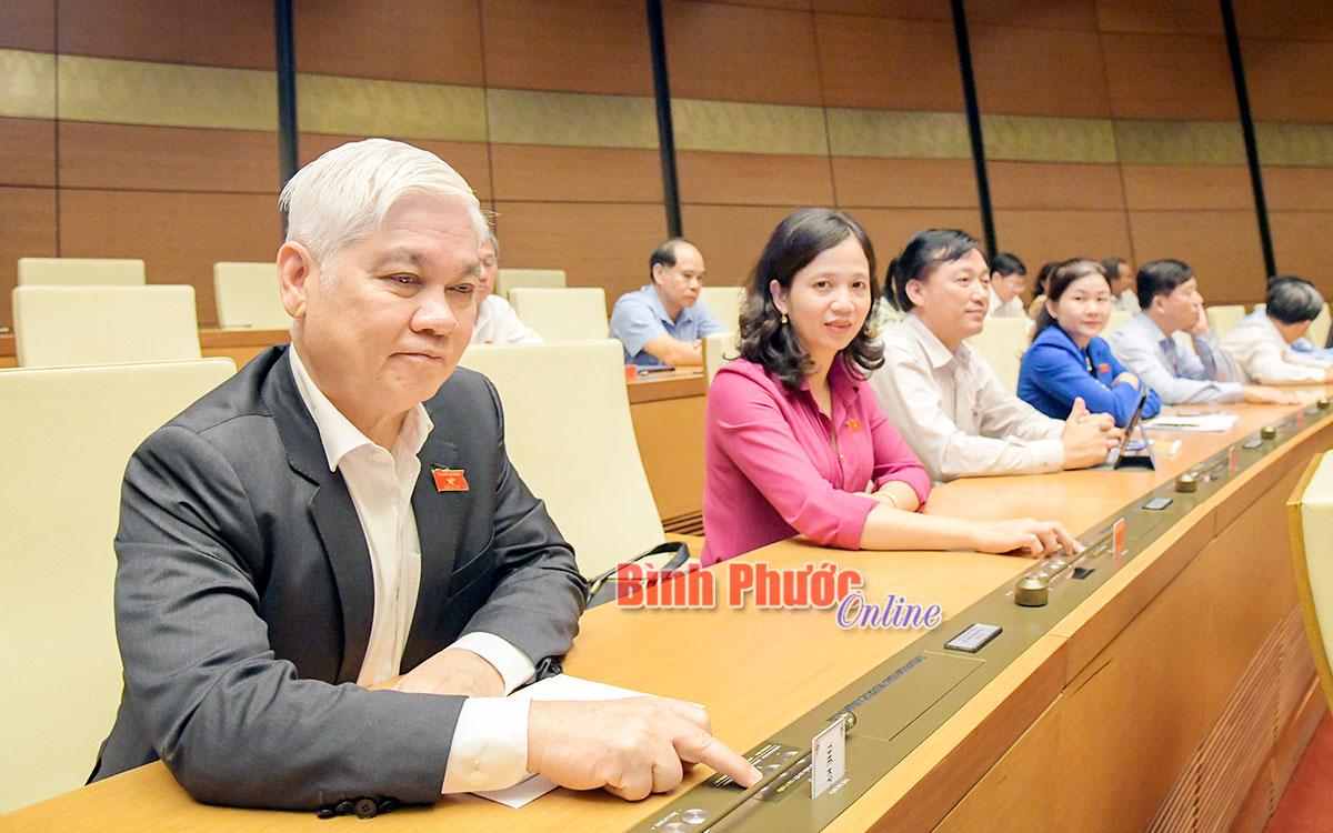 Quốc hội thông qua Nghị quyết miễn nhiệm Thủ tướng Nguyễn Xuân Phúc