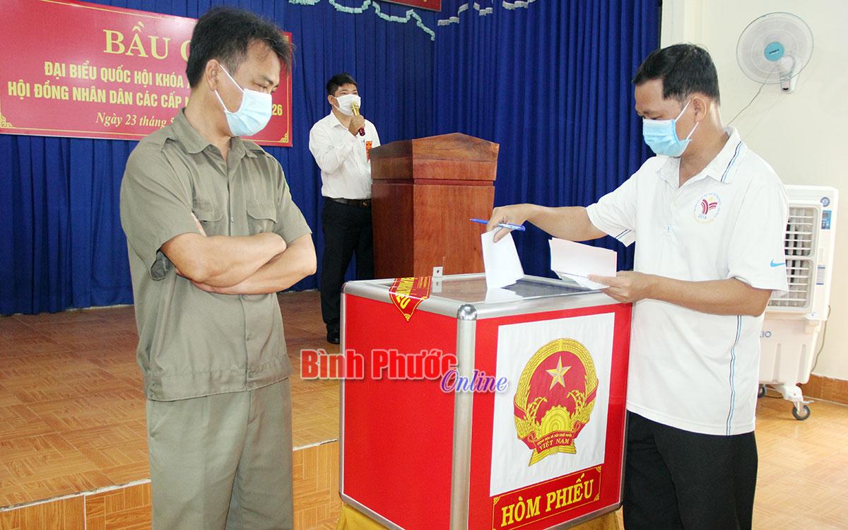 Bình Phước 221 tổ bầu cử có tỷ lệ cử tri đi bầu đạt 100%