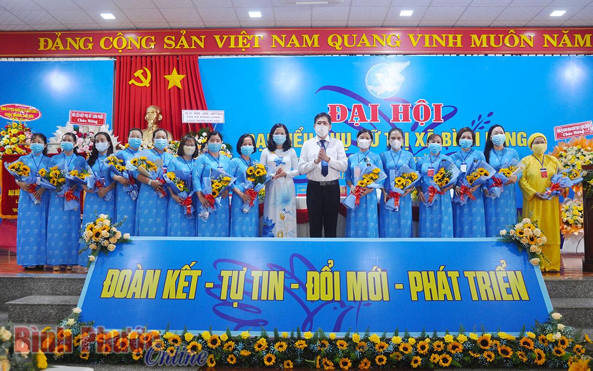 Thị xã Bình Long dẫn đầu về tỷ lệ nữ tham gia cấp ủy nhiệm kỳ 2020-2025