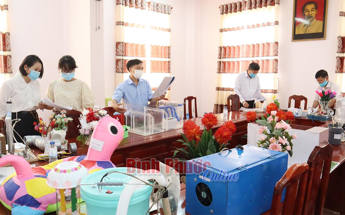 28 sản phẩm vào chung khảo Cuộc thi sáng tạo thanh thiếu niên nhi đồng thành phố Đồng Xoài